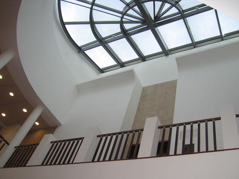 Дизайн интерьеров многофункционального комплекса 2000 кв.м.