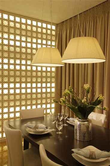 стена с подсветкой авторского дизайна